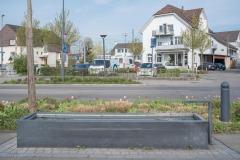 Dorfstrasse beim Bahnhof